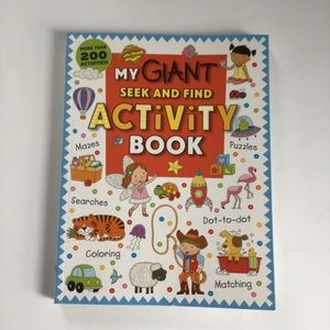 $5 bundle item☀️ Activity book NWOT